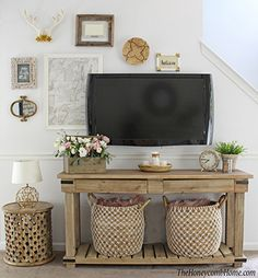 See how this small living room makeover incorporates 5 designer tricks for styling small spaces that will work every time! TV gallery wall.