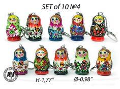 Matryoshka doll Сute keychains Nesting dolls keychain Wooden