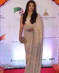 #IndianPink #FreshSummer #Timeless #Elegance #Divine #TheDecadentMaharani #AishwaryaRaiBachchan @aishwaryaarai @aishwaryaraifb #Actress #ChikanSari #TheSabyasachiSari #ExtremeLuxury #RefinedGlamour #HRH Duke and Duchess Of Cambridge #RoyalVisitIndia #BollywoodCharityDinner #Mumbai #HandCraftedInIndia #MadeInIndia #MakeInIndia #TheWorldOfSabyasachi #SabyasachiMukherjee #Sabyasachi @tajhotels #TajHotels #ClutchBySabyasachi #Stylist @aasthasharma612 #AasthaSharma by sabyasachiofficial