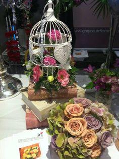 Gorgeous antique rose wedding bouquet