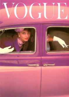 Vogue Cover, Autumn Fuchsia (1957) Bìa Vogue năm 57 với màu hồng, từ xe đến trang phục người mẫu. Găng tay trắng tăng thêm vẻ thanh lichj cho người phụ nữ.