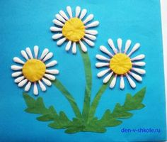 Gorgeous folded paper sunflower craft that makes a perfect summer kids craft, fun flower crafts for kids and paper crafts for kids. Preschool Crafts, Easter Crafts, Crafts For Kids, Arts And Crafts, Spring Activities, Art Activities, Art N Craft, Spring Art, Mothers Day Crafts