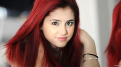 ARIANNA Dye My Hair, Ariana Grande Without Makeup, Ariana Grande Red Hair, Ariana Grande Problem, Dark Red Hair, Red Hair Color, Hair Colors, Color Red, Rihanna