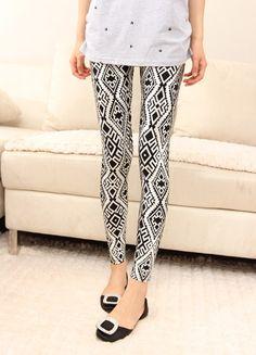 Rhombus Design Pattern Fleece Lined Leggings