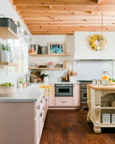 💕 For the month of Love, might we suggest you fall in love...with your kitchen?