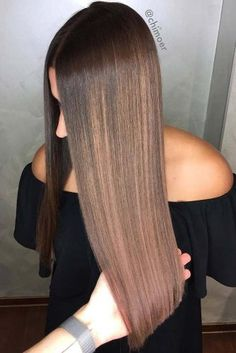 From Mocha to Espresso: 8 Hottest Dark Brown Hair Tones This Winter ★ Highlights For Dark Brown Hair, Honey Brown Hair, Brown Hair Shades, Brown Hair Colors, Hair Highlights, Dark Hair, Hair Color 2017, Natural Hair Styles, Long Hair Styles