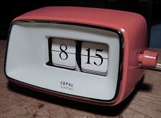 Vintage Clocks, Digital Clocks, Keep It Simple, Flip Clock, Product Design, Electronics, Retro, Watch, Products