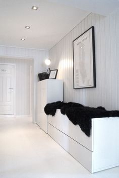 Glad i hvitt: Et nytt hvitt gulv..