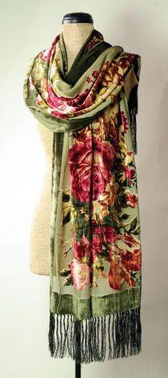 Velvet roses scarf