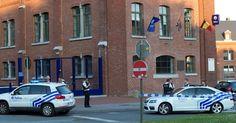 Homem fere policiais na Bélgica com facão e morre após ataque