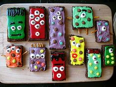 These awesome Monster Brownies are a creation of Amanda Formaro of Amanda's Cookin'. I'm too lazy to make the great Cheerio eyeballs,  however, her step-by-step directions guarantee a great time for kids and a wonderful Halloween treat! Find more sensational crafts @ http://www.craftsbyamanda.com
