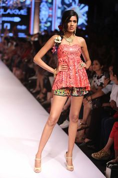Reliance Jewels Presents Suneet Varma at Lakme Fashion Week Summer Resort 2015. #JabongLFW