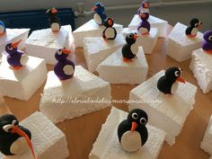 pingus Winter Art Projects, Winter Crafts For Kids, Easy Christmas Crafts, Polo Norte, Kids Art Class, Art For Kids, Arctic Decorations, Craft Stick Crafts, Paper Crafts