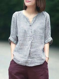 Buy Linen Tops For Women from VIVID LINEN at Stylewe. Online Shopping V Neck Stripes Printed Linen Top, The Best Daytime,Daily Linen Tops. Discover unique designers fashion at Spring Blouses, Spring Tops, Striped Linen, Striped Shirts, Loose Shirts, Loose Tops, Mode Hijab, Linen Dresses, Maxi Dresses