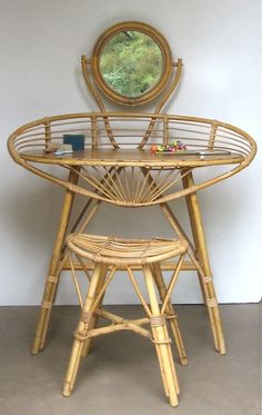 Ratan Furniture, Funky Furniture, Furniture For You, Vintage Furniture, Indoor Rattan Furniture, Tropical Furniture, Rattan Armchair, Vintage Makeup, Dressing Table With Chair