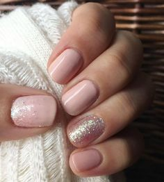 False nails have the advantage of offering a manicure worthy of the most advanced backstage and to hold longer than a simple nail polish. The problem is how to remove them without damaging your nails. Shellac Nails, Jamberry Nails, Manicure And Pedicure, Pedicures, Mani Pedi, Cute Nails, Pretty Nails, Blush Pink Nails, Milky Nails