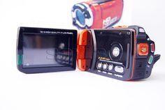 Камера за подводни HD снимки    :  http://spybg.com/sportnicameri-spybg/729_MC35.html  Тази камера има степен на защита IPX8 и ви позволява да правите подводни снимки до 3 метра дълбочина. Препоръчителното време за използване под вода е до 60 минути.