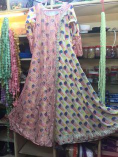 Kurti Sleeves Design, Kurti Neck Designs, Blouse Designs, Dress Designs, Dress Patterns, Kurti Patterns, Pakistani Dresses Casual, Designer Party Wear Dresses, Western Dresses