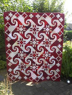 Red and white quilt - pattern is Shakespeare in the Park by Judy Martin..one of my most favorite patterns...love it..