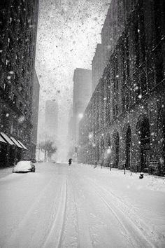Martin Froyda New York in Blizzard
