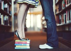 This is TOO CUTE!!!! Idealy I would want my own books under my toes.