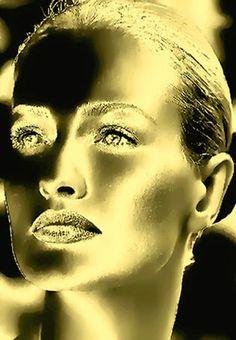 gold face, via Flickr.