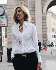 45 Trendy womens fashion casual over 50 white shirts Over 50 Womens Fashion, Fashion Over 50, Work Fashion, Fashion Looks, Fashion 2016, Fashion Trends, Classy Outfits, Casual Outfits, Fashion Outfits