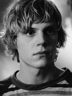 ||Fc.Evan Peters||Sup my names Tate Langdon.I'm 18 and single.My mother is Iris.I don't like being outside.If you want to know more come say hi...i bite hard.