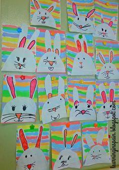 Este ano, a sugestão de mural é bem fácil.   A professora Lita usou duas folha brancas: na primeira ela fez linhas hori...