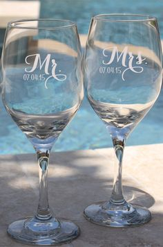 Mr and Mrs, Future Mrs, Bride to Be, Bride, Groom Gift, Gift for Bride, Bridal Shower, Wedding Gift, Bride Wine Glass, Bride Wine Glasses
