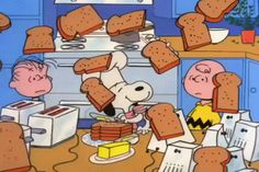 Peanuts Thanksgiving, Charlie Brown Thanksgiving, Charlie Brown And Snoopy, Snoopy Images, Snoopy Pictures, Classic Cartoon Characters, Classic Cartoons, Snoopy Videos, Snoopy Gifts