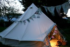 Glamping at Jollydays Camping: Bell Tents, Lodge Tents, Deluxe Tents and Superior Bell Tents. Camping Style, Camping Glamping, Camping And Hiking, Outdoor Gear, Indoor Outdoor, Outdoor Living, Bungalow, Warren House, Glamping Holidays