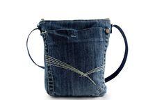 Umhängetaschen - Tasche klein - ein Designerstück von Frau_Liebling bei DaWanda