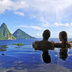 "Couples goals at Jade Mountain Resort on the Island of St. Lucia. Hashtag your best pictures/videos taken in the #carribean with #luxwt or #luxuryworldtraveler for a chance to be featured. ""Dream Big Eat Well & Travel On"" by luxuryworldtraveler https://www.instagram.com/p/-34GSkin_NY7Ue_-l2JWq_iY_qNA5Pz32dTMI0/ #Flickr via https://instagram.com/hotelspaschers"
