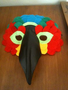 Bird Mask : Viola! Polly wants a cracker!
