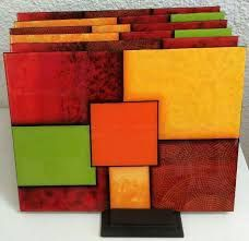 Resultado de imagen para individuales madera resinados Rock Crafts, Diy And Crafts, Fused Glass Plates, Arte Country, Glass Holders, Plates And Bowls, Paint Designs, Kids Decor, Paint Brushes