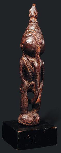 Aire du Ramu. Bas Sepik. Papouasie nouvelle guinée Bois, pigments ocres
