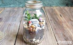 HOW TO MAKE A TERRARIUM IN A MASON JAR http://www.allparenting.com/my-me-time/articles/970451/how-to-make-a-terrarium-in-a-mason-jar <-: Tutorial  Earth Day is April 22, and it's the perfect excuse to get kids thinking about the earth. Build some excitement about Mother Nature with simple Mason jar terrariums that bring the outdoors in!  this is also great for people who want a small garden but lack space or time