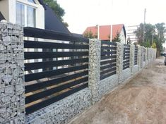 55 Fabulous Gabion Fence Design for Garden Landscaping Ideas The front fence is sometimes overlooked when considering ways to improve your home. A fence can be an important aspect […] Backyard Fences, Garden Fencing, Backyard Landscaping, Landscaping Ideas, Farm Fence, Pool Fence, Fence Gate, Horse Fence, Stone Fence