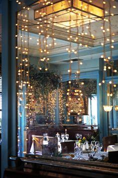 #xmas #christmas #christmasmood #christmasspirit #christmastime #christmasmagic #christmaslights #christmasdecoration #tablesetting #creativecontent #stylingpros #stylingphoto #mirror #mirrorreflection #interior #decoration #deco #interiordesign #party #feast #celebration #festive #atmosphere #aesthetic #nye #happynewyear #seasatin #seasatinmarket #restaurant #mykonos #mikonos #athens  #greece #capriceofmykonos Christmas Mood, Christmas Lights, Christmas Decorations, Xmas, Table Decorations, Modern Restaurant, Restaurant Design, G Photos, Athens Greece