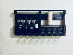 Repurposed pallet wine rack
