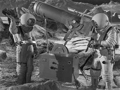 1950 Science Fiction Film Photos and Premium High Res Pictures