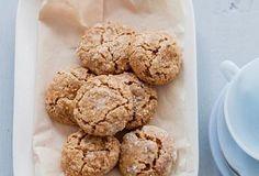 Amaretti sušenky Krispie Treats, Rice Krispies, Cookies, Baking, Desserts, Food, Crack Crackers, Tailgate Desserts, Deserts