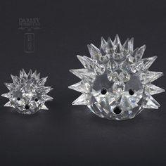 Pareja de Erizos en cristal de Swarovski. Lote 28002832. www.subastasdarley.com