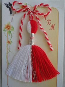 МАРТЕНИЦИ НА ЕДРО Baba Marta, 8 Martie, Engagement Dresses, Pregnancy Care, Spring Crafts, Yarn Crafts, Canvases, Crochet Clothes, Arts And Crafts