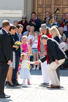 Princess Estelle joins Crown Princess Victoria and Prince Daniel in America - Photo 1 | Celebrity news in hellomagazine.com