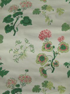 1940s Katzenbach & Warren geranium wallpaper
