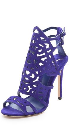 brian atwood violet... http://rstyle.me/~jh90
