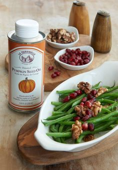 Healthy and Tasty Green Beans recipe with La Tourangelle Toasted Pumpkin Seed Oil. For full recipe click on the link below https://www.facebook.com/latourangelleusa/photos/a.493696694734.267576.159327484734/10153374478724735/?type=3&theater