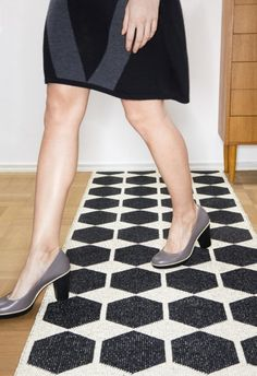 Plastic Rugs by Brita Sweden These are the rugs that you could hang on the wall in the stair well. Sweden, Swedish Traditions, Swedish Weaving, Swedish Brands, Black Carpet, Best Vibrators, Pretty Shoes, Dream Decor, Scandinavian Design